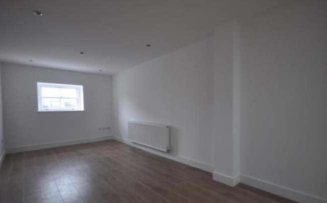 7 Parrock House Living Room